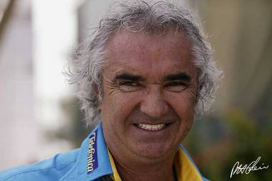 Flavio Briatore quits Renault F1