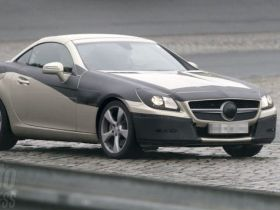 New Mercedes SLK Pictured