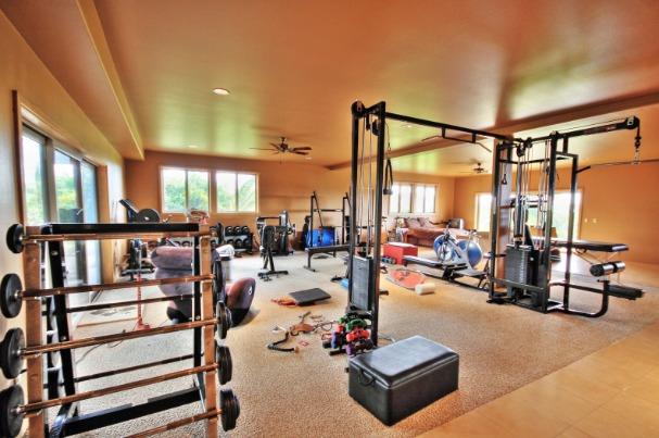 amazing-gyms-laird-hamilton-1