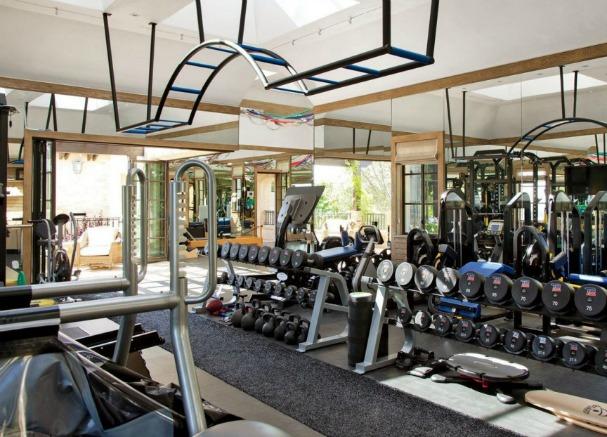 amazing-gyms-tom-brady