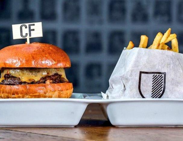 cafe-football-mexican-wave-burger