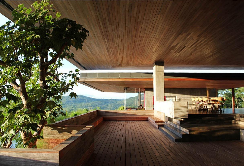 gota-dam-house-zimbabwe-2