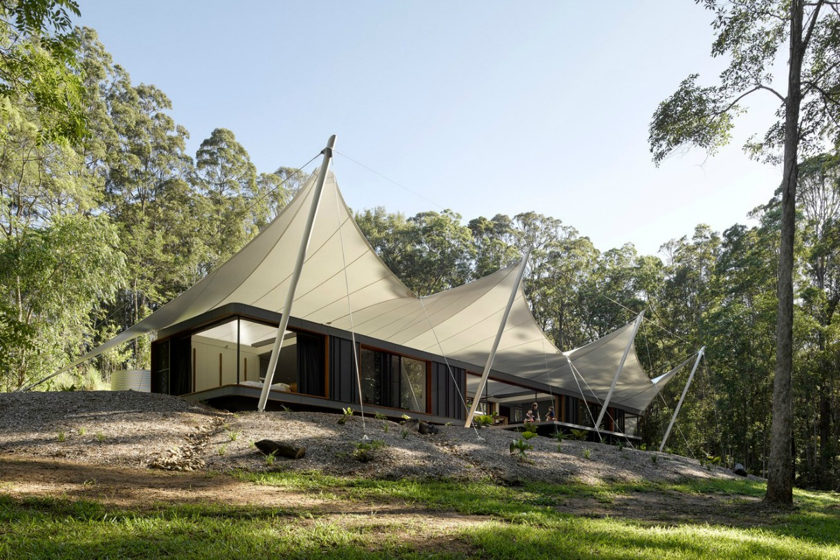 Tent House by Sparks Architects Australia 2