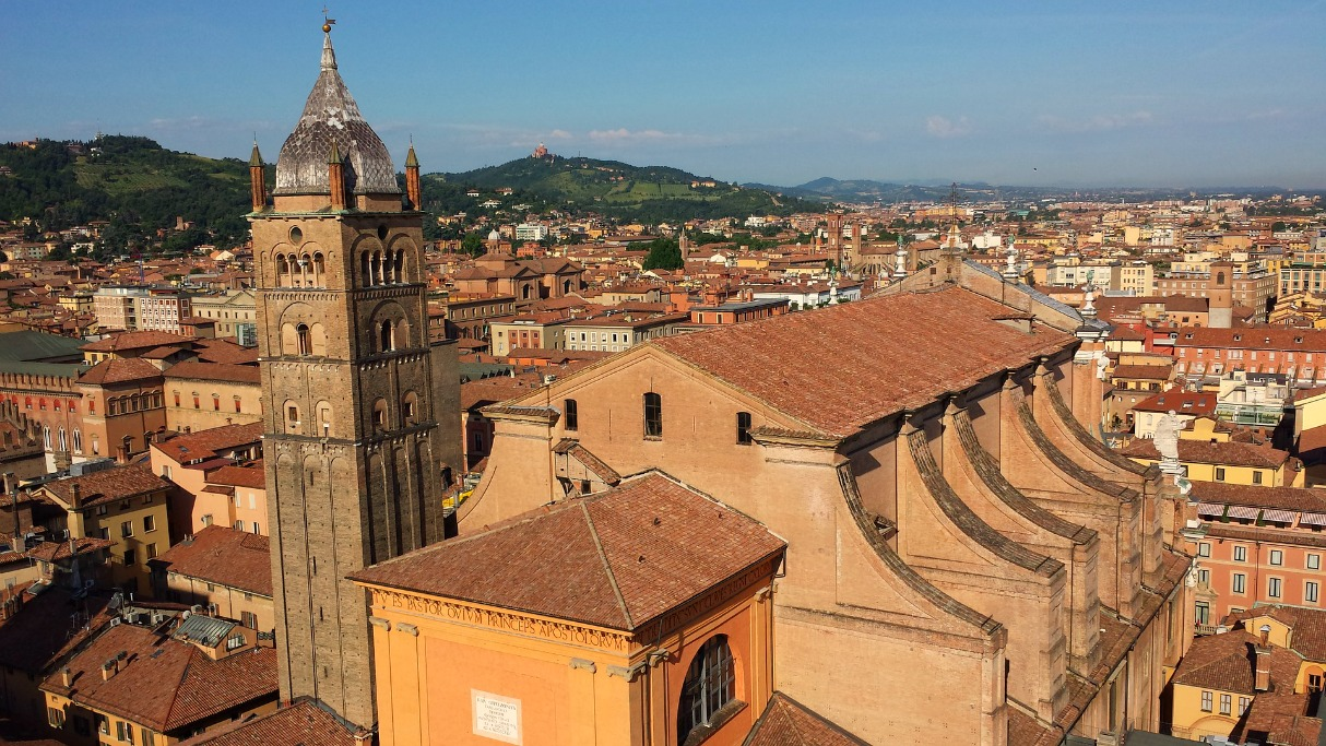 7 Italian Cities to Visit Bologna