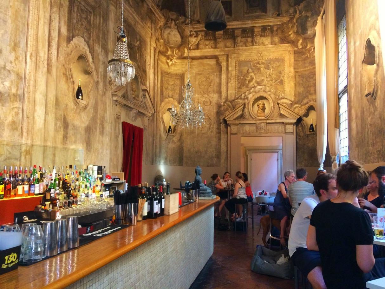 bologna-italy-city-guide-le-stanze