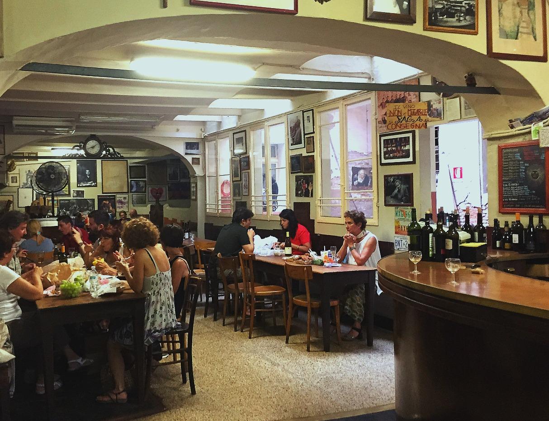 bologna-italy-city-guide-osteria-del-sole