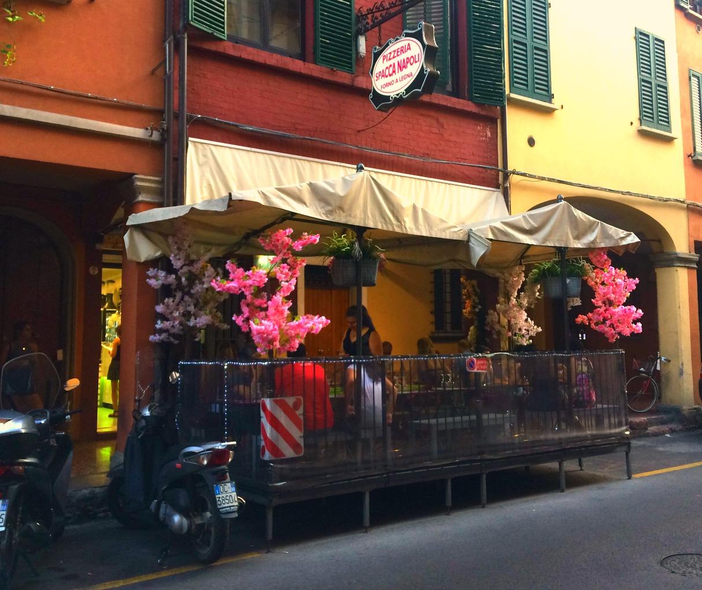 bologna-italy-city-guide-spacca-napoli