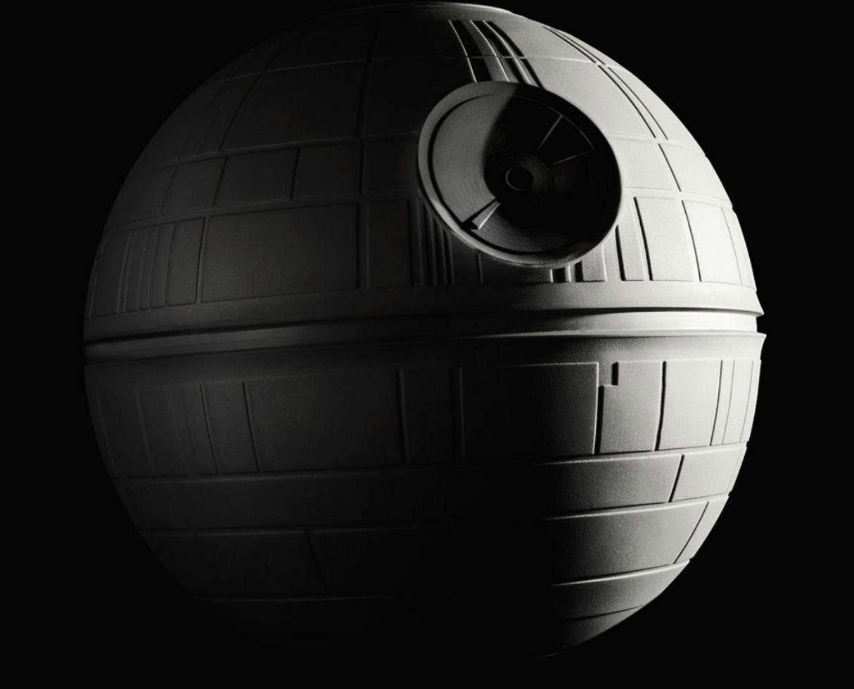 onnit-star-wars-fitness-equipment-death-star-slam-ball