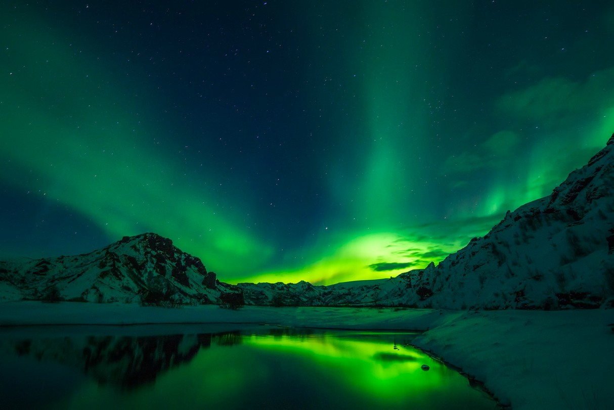 northern-lights-best-places-to-see-canada