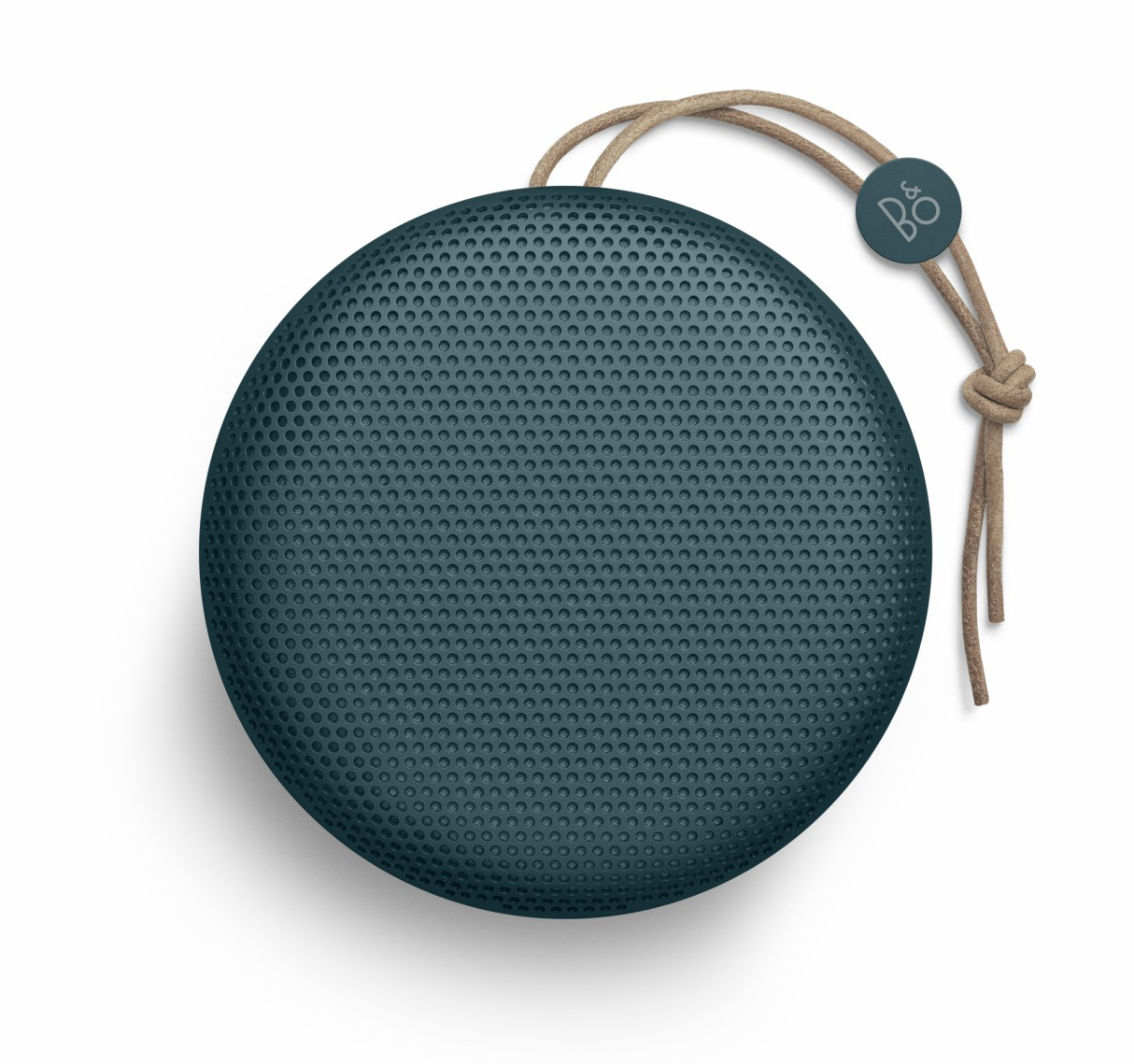 bang-olufsen-bo-ss18-collection-a1-blue