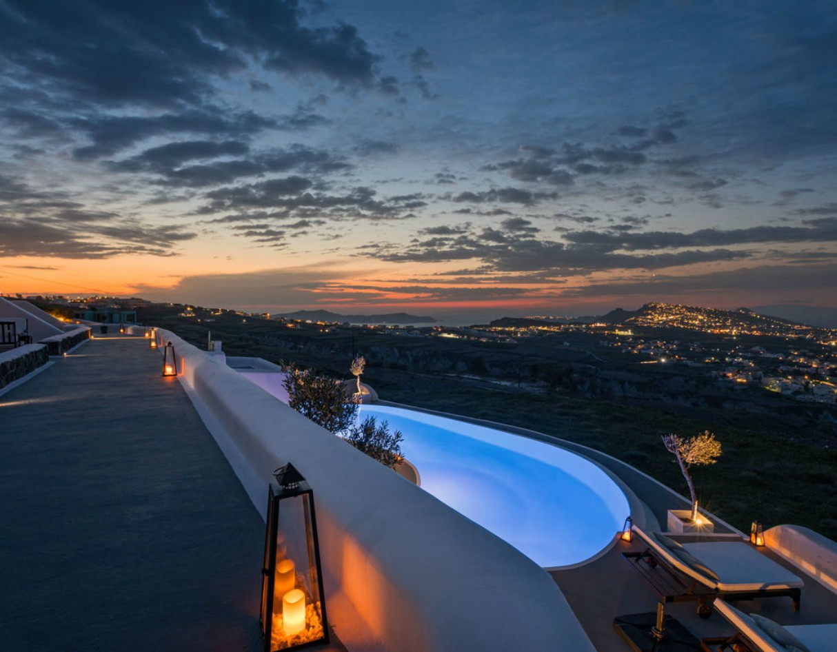carpe-diem-boutique-resort-santorini-greece-2