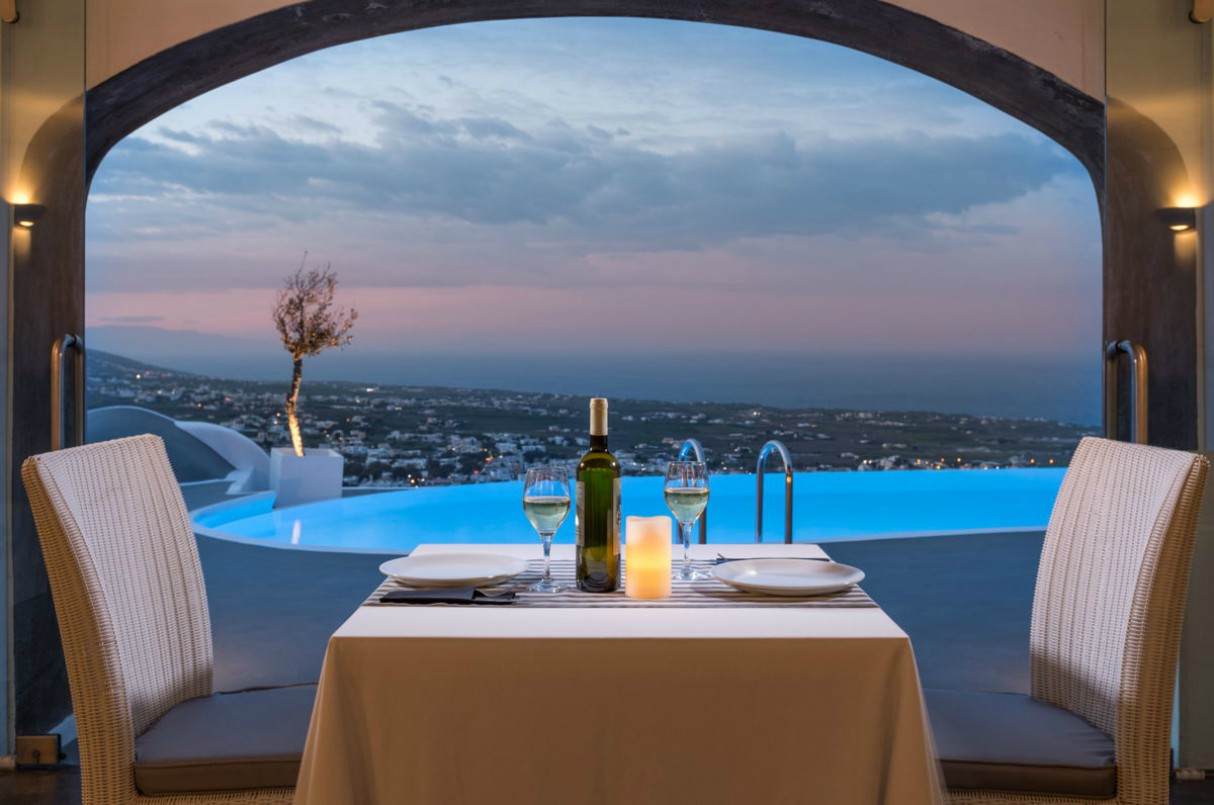 carpe-diem-boutique-resort-santorini-greece-4