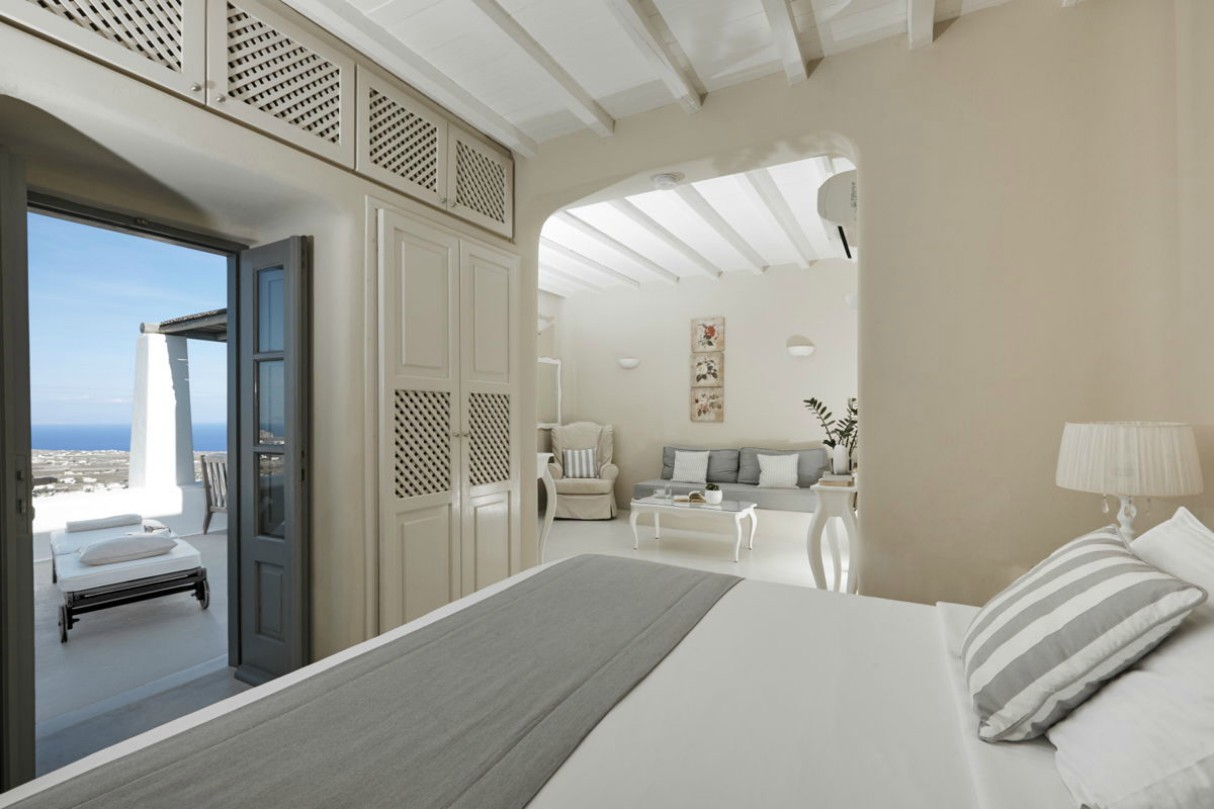 carpe-diem-boutique-resort-santorini-greece-6