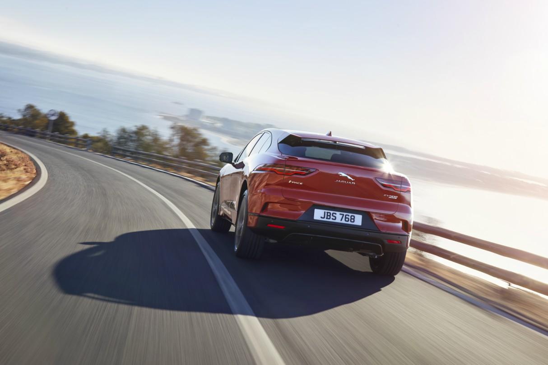 jaguar-i-pace-electric-car-2