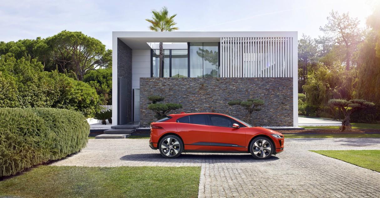 jaguar-i-pace-electric-car-4