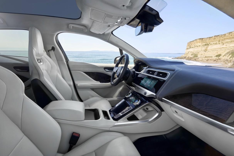 jaguar-i-pace-electric-car-5