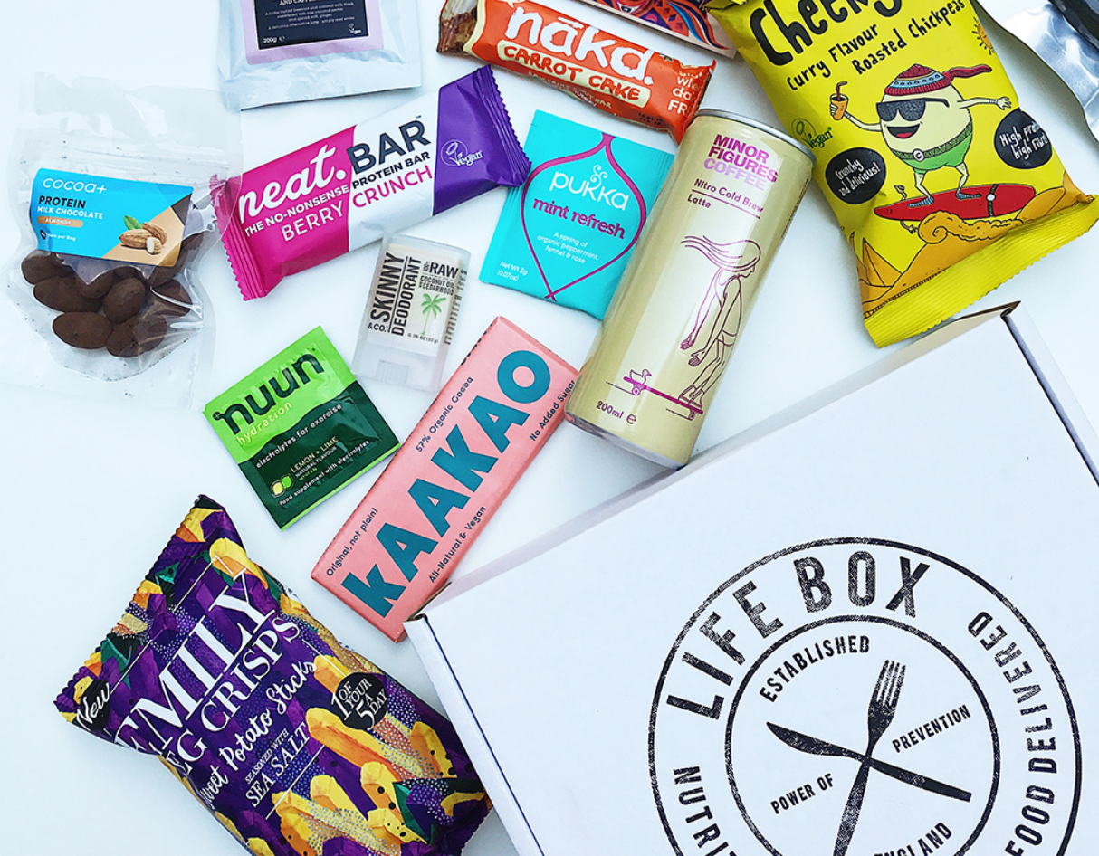 monthly-subscriptions-for-men-uk-life-box-food