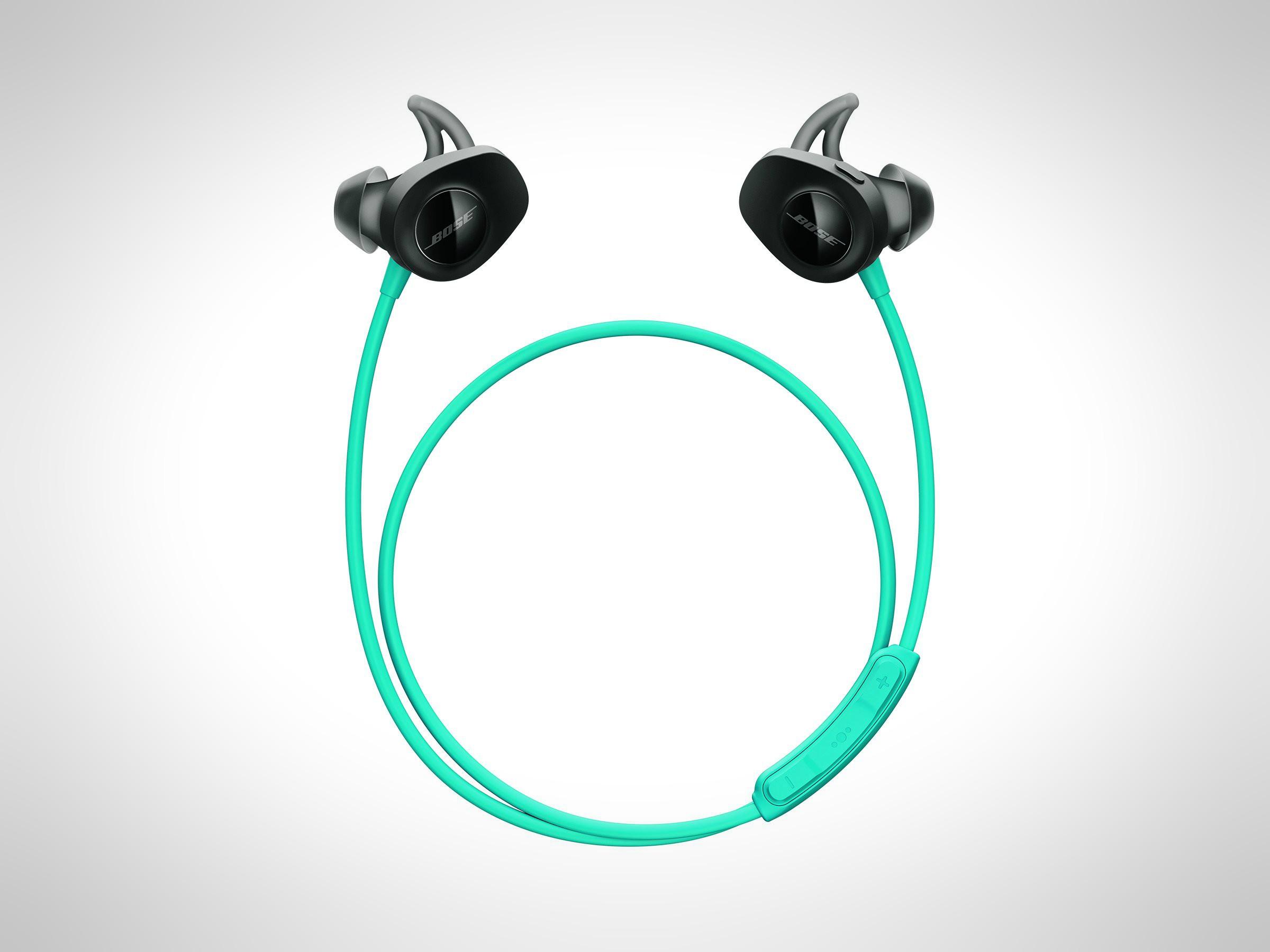 gym-clothes-for-men-workout-gear-earphones-bose
