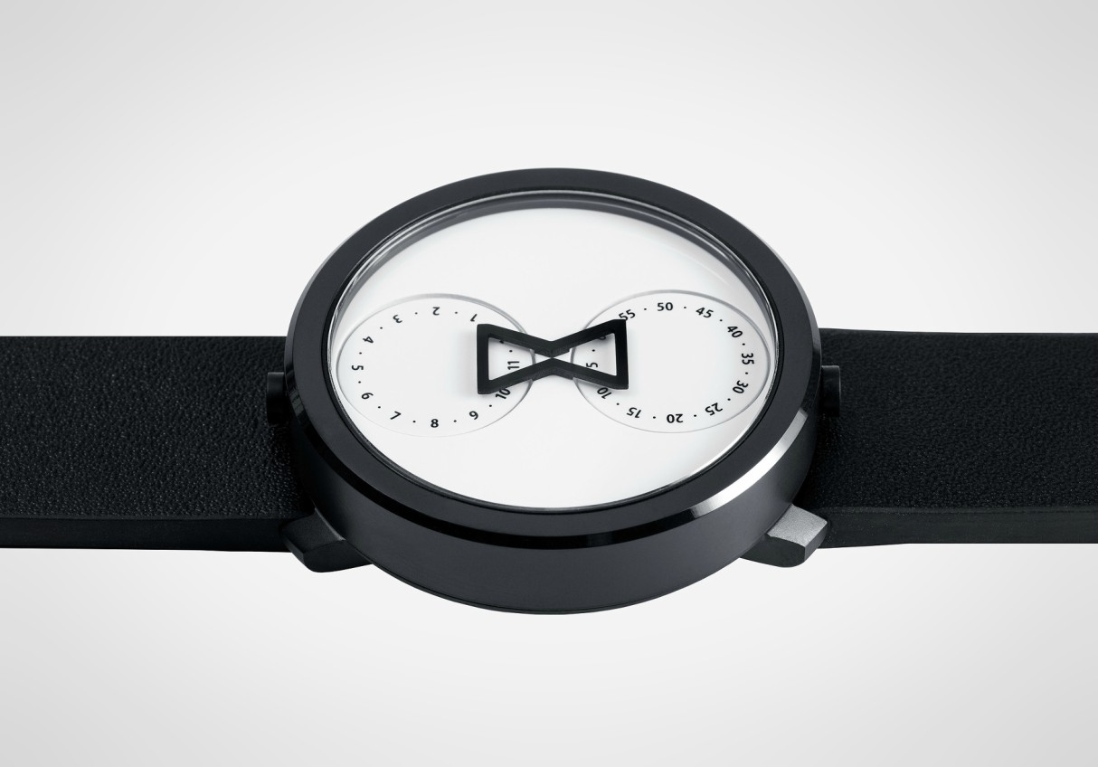nuro-analogue-watch-anton-irene-3