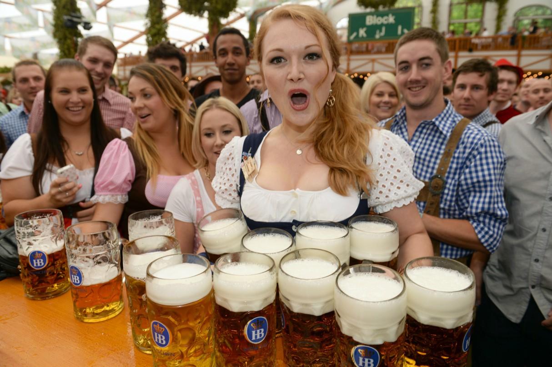 oktoberfest-beer-festival-uk-cities-2018-london-millwall