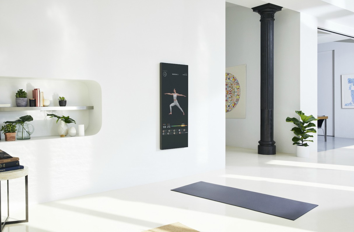 the-mirror-interactive-home-gym-2
