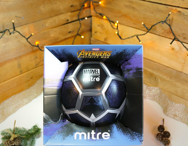 xmas-gift-guide-men-2018-stocking-fillers-avengers-mitre