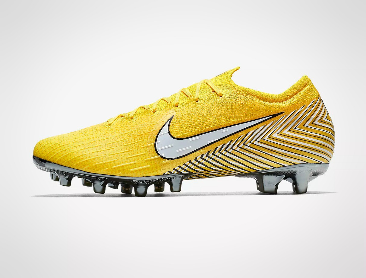 boots-4g-artificial-pitches-astroturf-nike