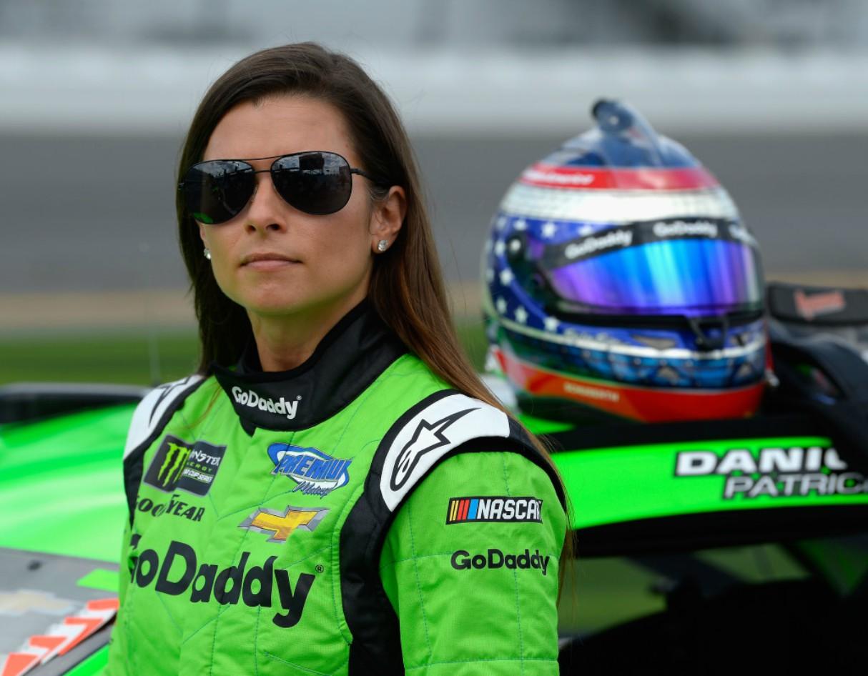 hottest-women-motorsport-danica-patrick-racing