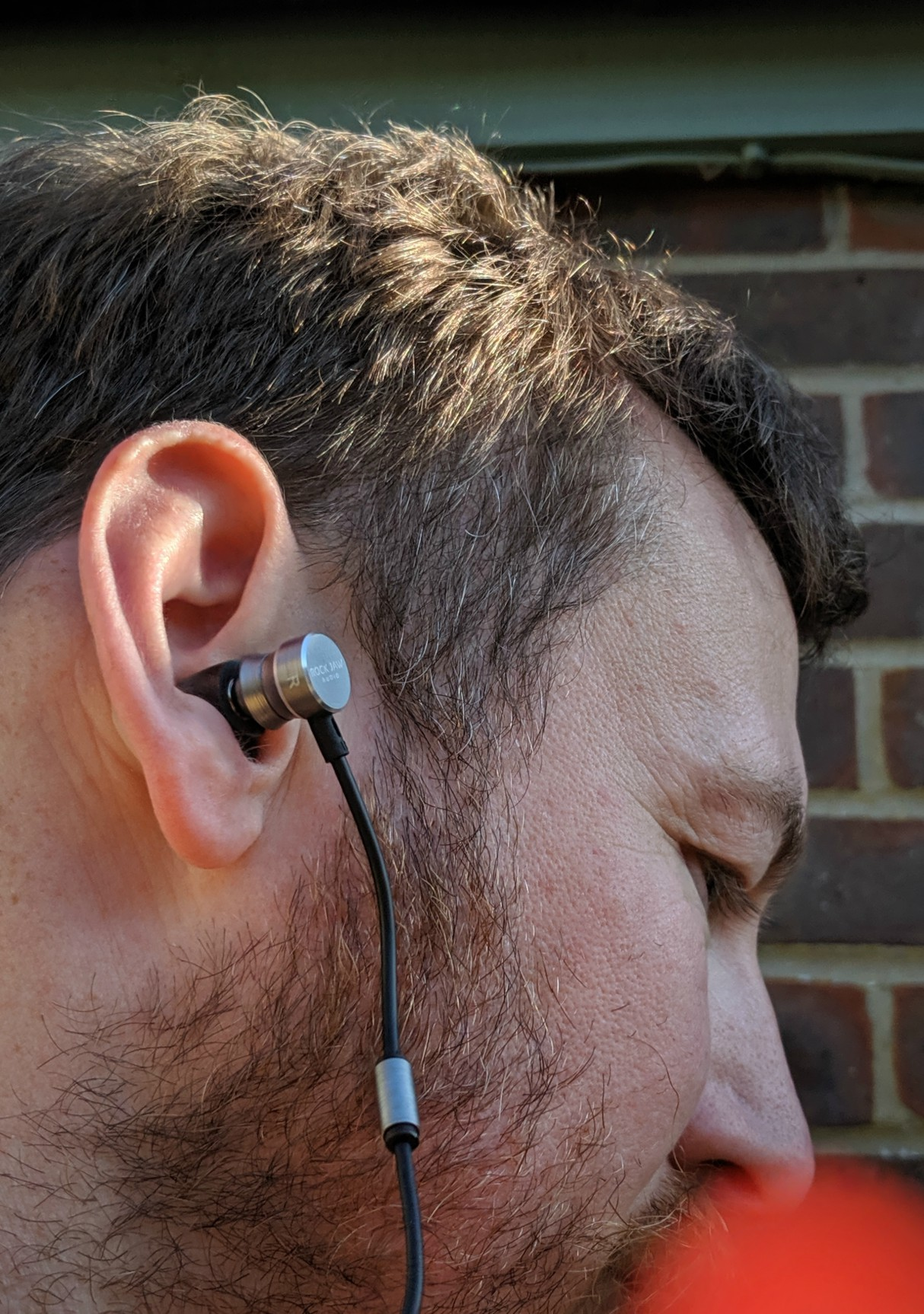 rock-jaw-audio-t5-ultra-connect-earphones-review-2