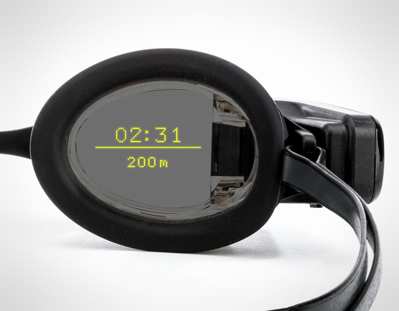 form-swim-goggles-ar-display-4