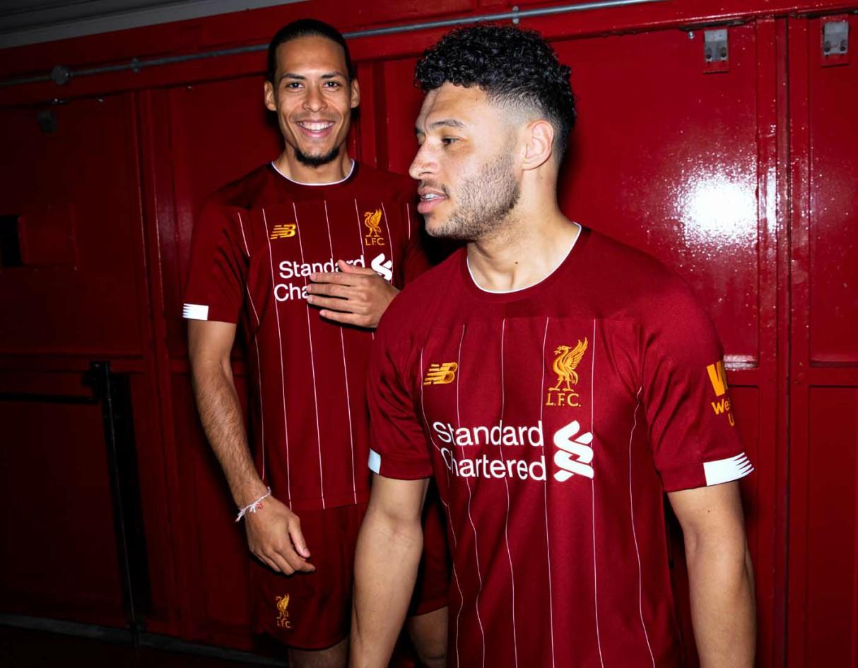 best-kits-premier-league-2019-20-livepool-new-balance-home