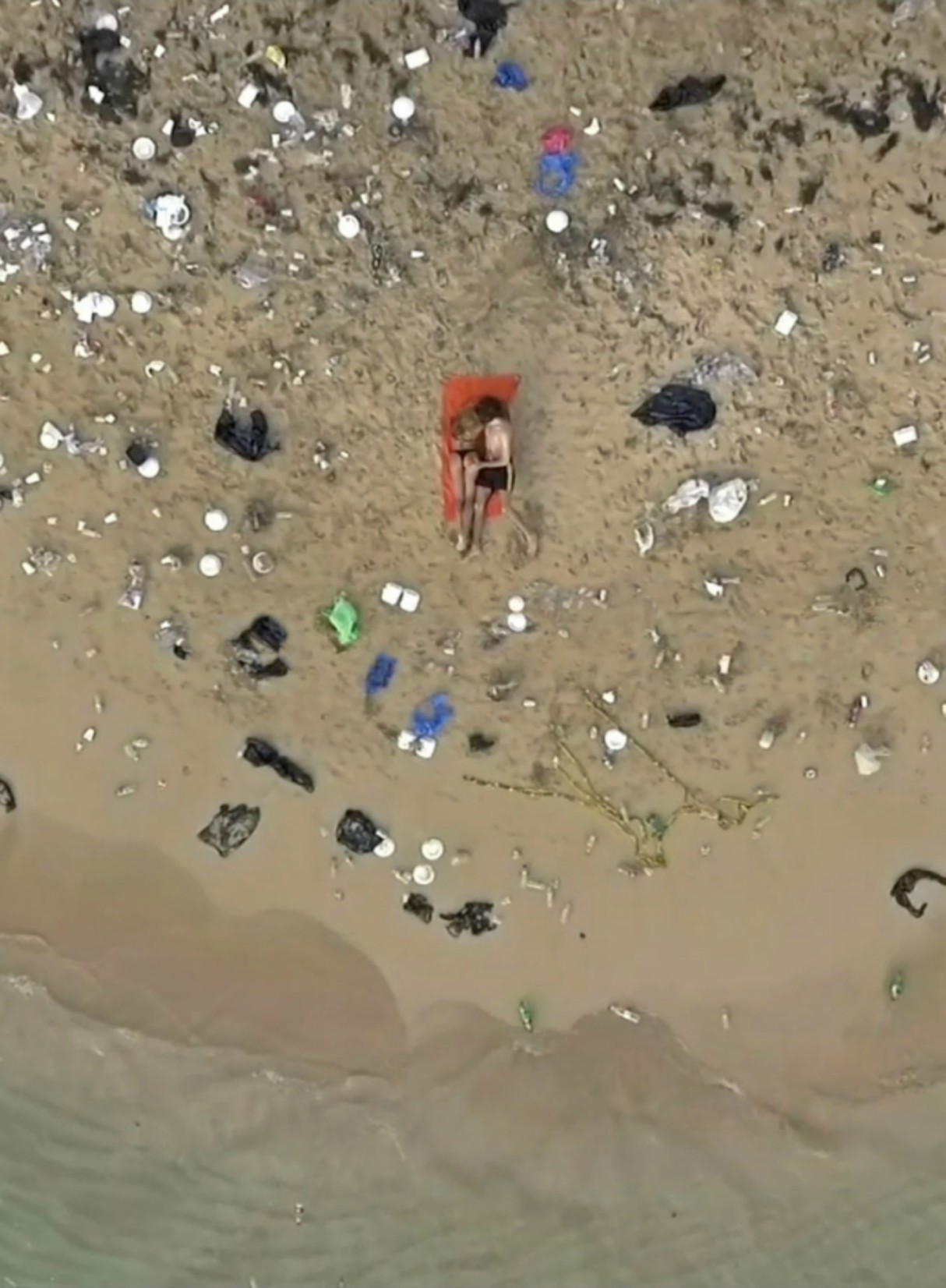 pornhub-dirtiest-ever-porn-ocean-clean-up-2