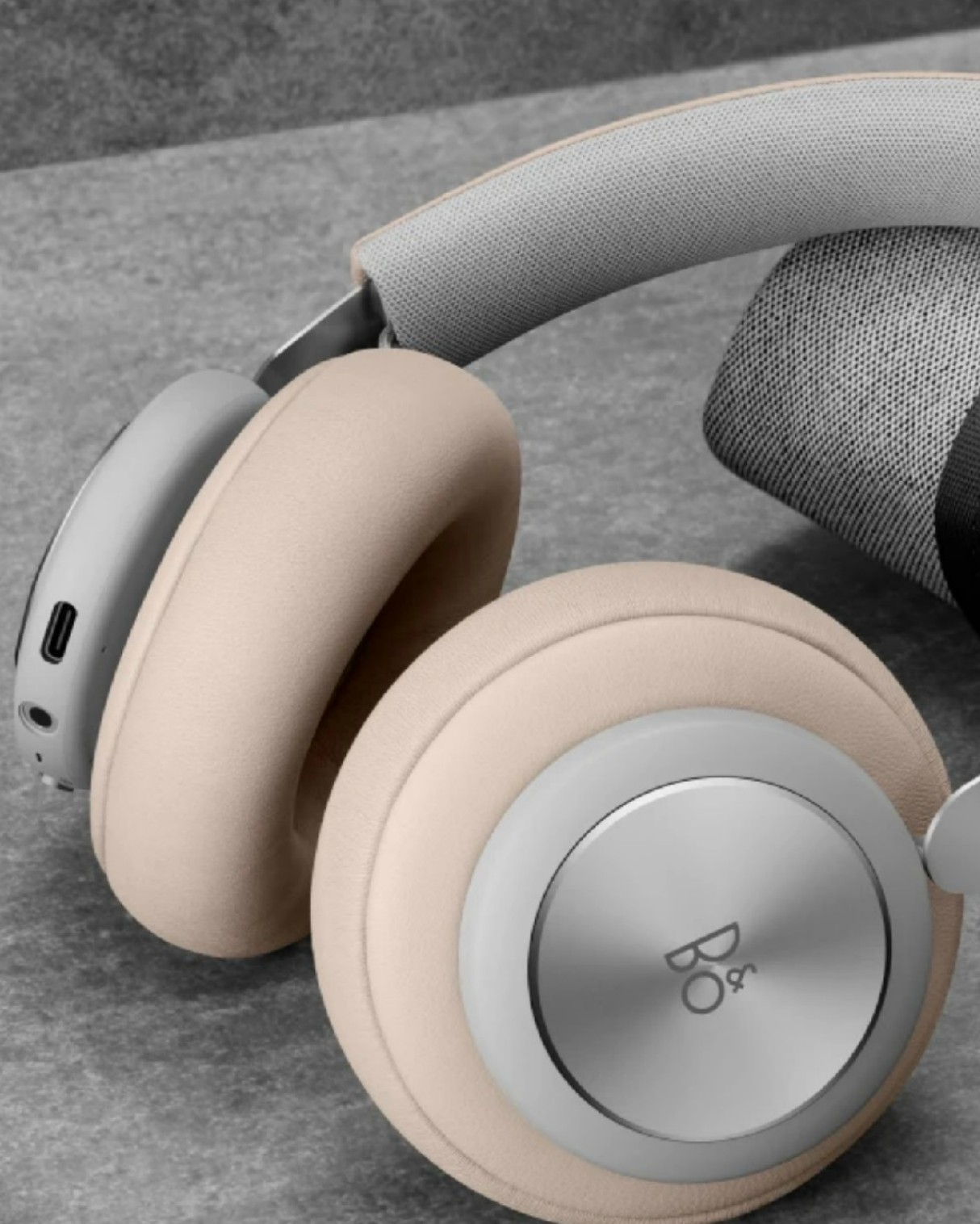 bang-olufsen-beoplay-h4-wireless-headphones-4