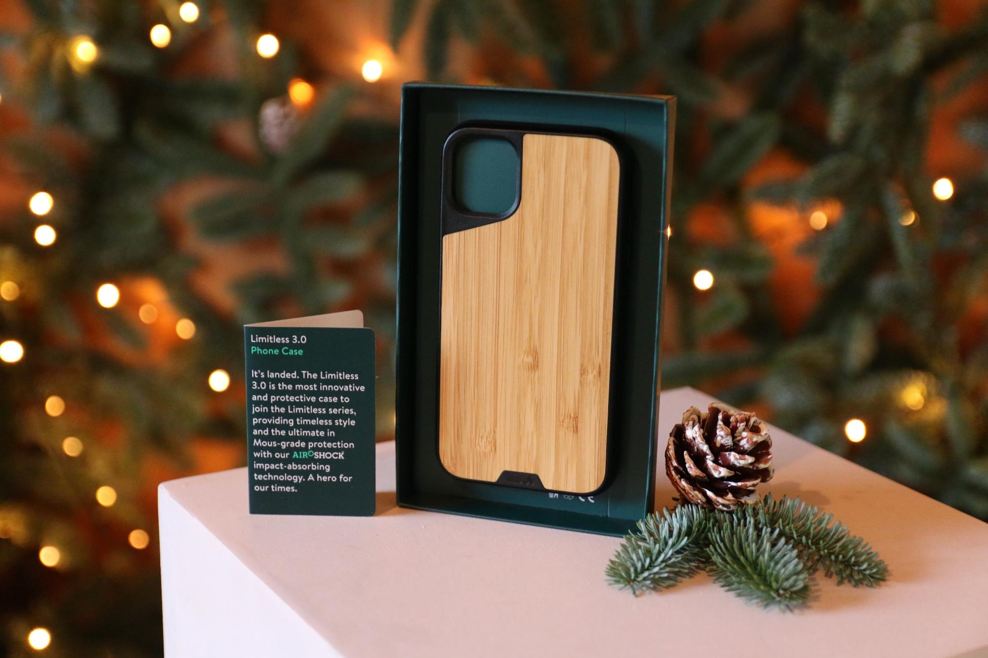 iphone-11-mous-case